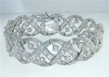 83: 83: Cartier Platinum Diamond Bracelet