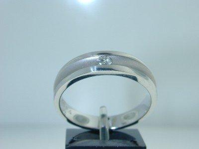 17: 14K White Gold Diamond Men's Band Ring !!