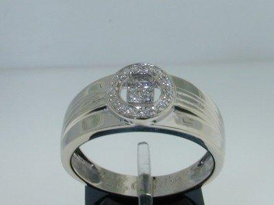 24: 14k White Gold Diamond Men Ring,