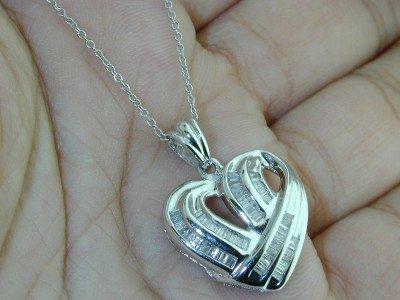25: 14K White Gold Baguette Diamond Heart Pendant !!