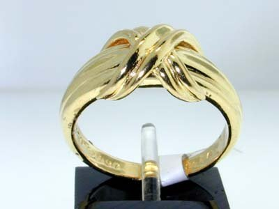 2: Tiffany & Co. 18K Yellow Gold Ring