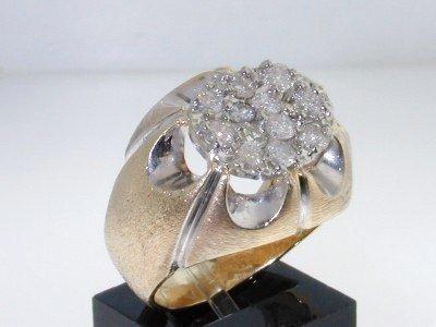 19: 10K Yellow Gold Diamond Ring
