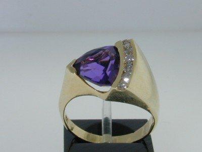 1: 14K  Yellow  Gold Diamond  & Amethyst Ring,