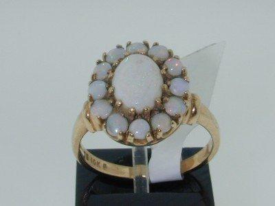 12: 10K Yellow Gold Opal Ring!!!