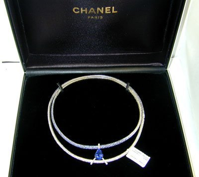 223: Chanel 18K White Gold Diamond Sapphire Necklace !!