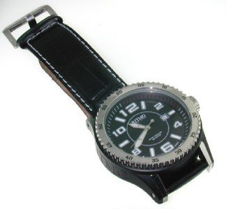 21: Ritmo Mvndo Stainless Steel Leather Strap Watch.