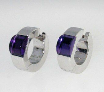 486: Gucci 18K White Gold, Amethyst Earrings