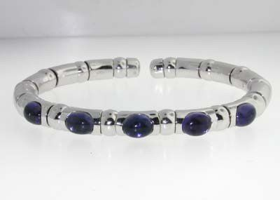 285: ZYDO 18K White Gold Cabochon Amethyst Bangle