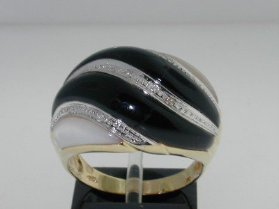 24: 14K 2-tone Gold Opal, Onyx and Diamond Ring
