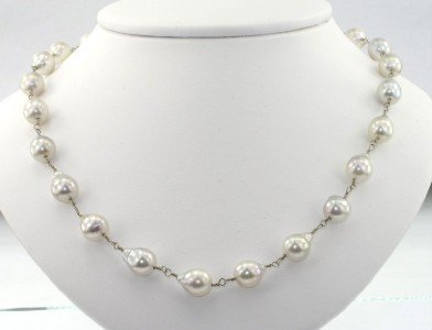 1: 14K White Gold Pearl Necklace.