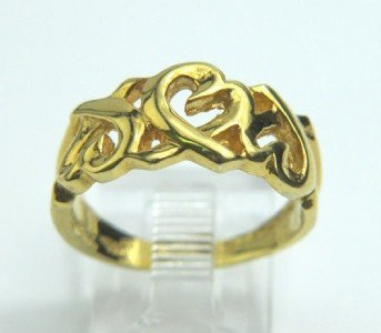 18: Tiffany & Co 18K Yellow Gold Ring.