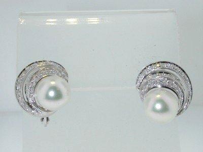 3: 18K White Gold Pearl Diamond Earrings