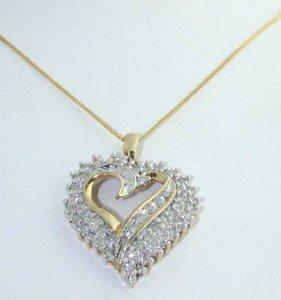 16: 10K Yellow Gold, Diamond Necklace.