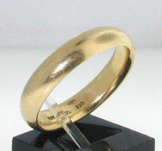 Tiffany & Co 18k Yellow Gold Ring.