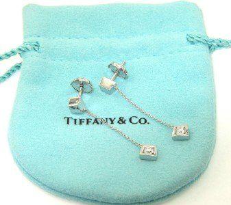 Tiffany & Co 18K White Gold Lady's Diamond Earring