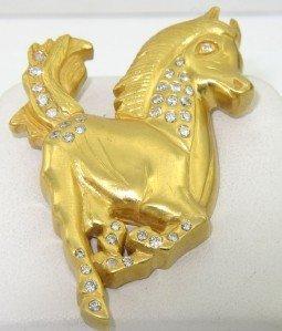 169: Diane 18K Yellow gold Diamond Horse Brooch