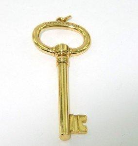 53A: 53A: Tiffany & Co 18K Yellow Gold Key Pendant