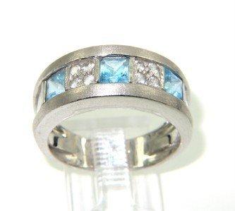18K White Gold Diamond Blue Topaz Ring
