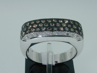 8: 8: 14k White Gold Diamond Ring