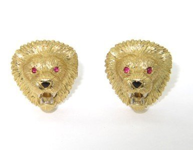 EW&C 18K Yellow Gold, Ruby & Onyx Lion cufflinks