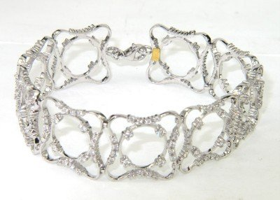 16: 18K White Gold Diamond Bracelet