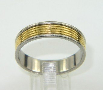 19A: Tiffany & Co 18K Yellow Gold & Platinum Ring.