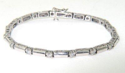 16: 14K White Gold Diamond Bracelet