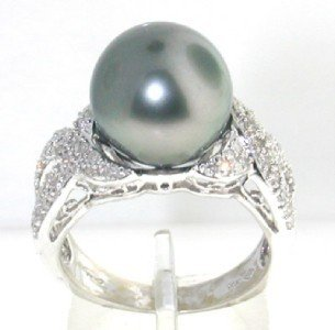 10A: 14K White Gold Diamond & Pearl Ring