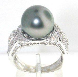 14K White Gold Diamond & Pearl Ring