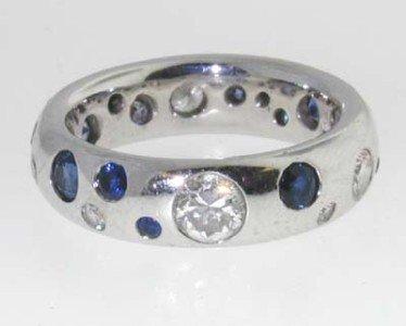 18k White Gold Diamond & Sapphire Ring