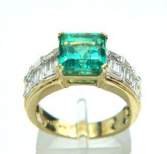 255: 18K Yellow Gold, Lady's Emerald & Diamond  Ring.