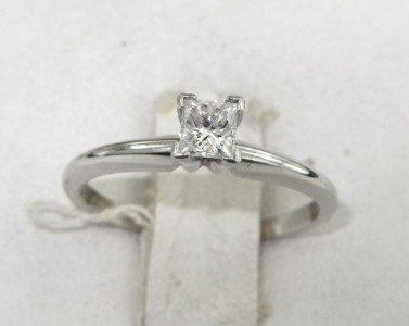 10A: Platinum/14K White Gold Diamond Ring