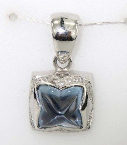 18K White Gold Diamond Blue Topaz Pendant