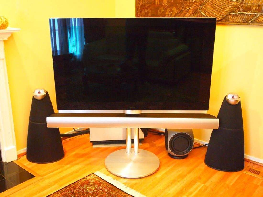 Bang & Olufsen BeoVision TV, 4 speakers & subwoofer