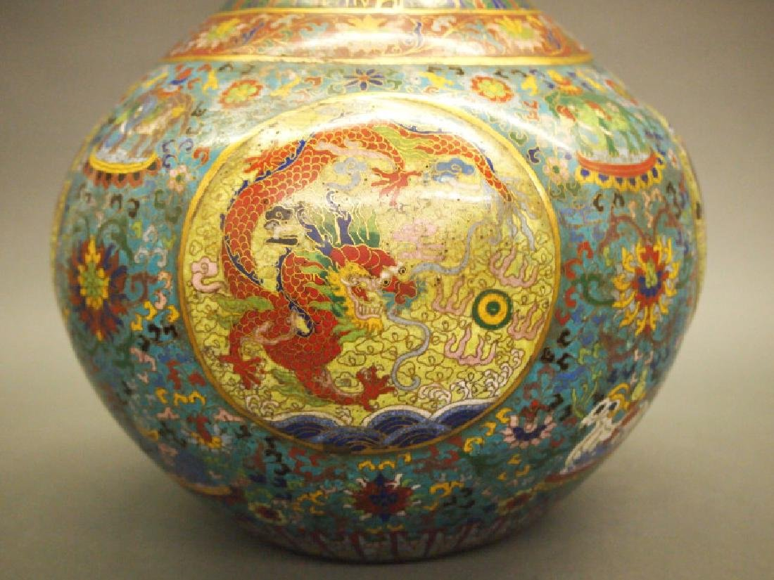 Chinese cloisonne dragon vase - 4