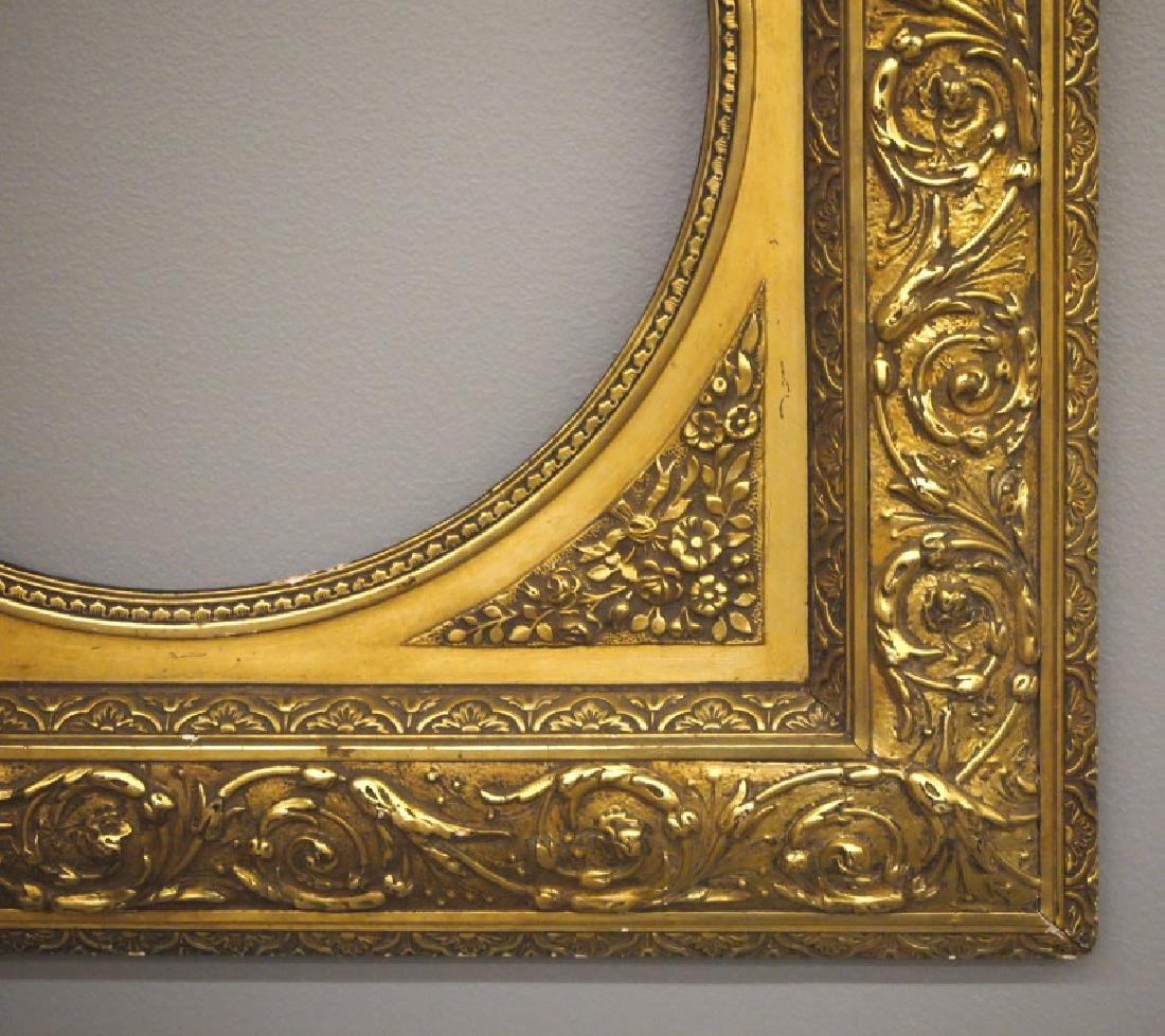 Gilt wood frame - 2