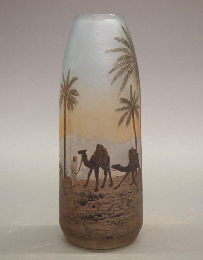 Degue Cameo scenic vase