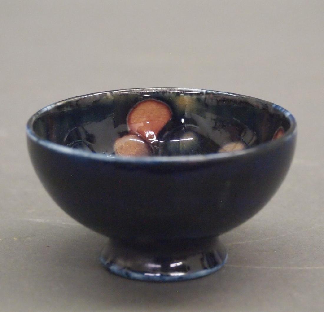 Moorcroft vases and open salt - 5