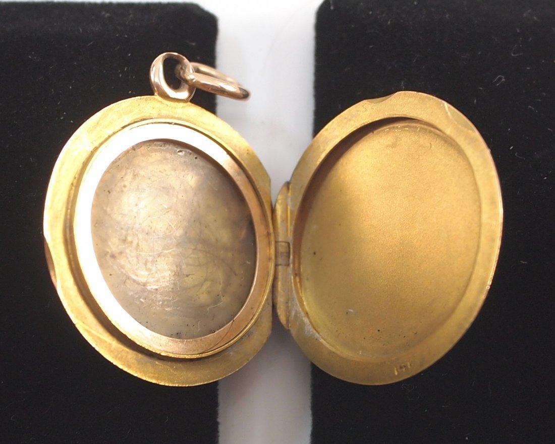 2 14 kt yellow gold lockets - 4