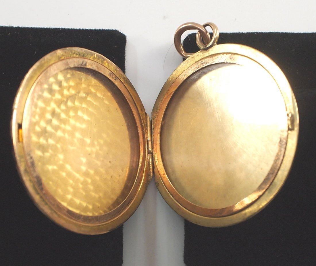 2 14 kt yellow gold lockets - 5