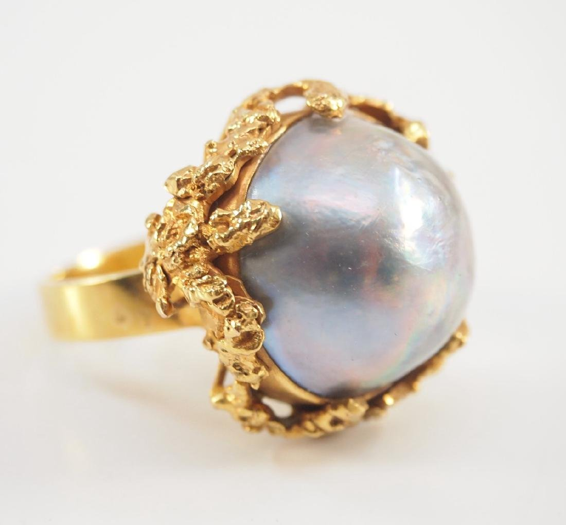 18 kt Gold & Mabe Pearl Ring