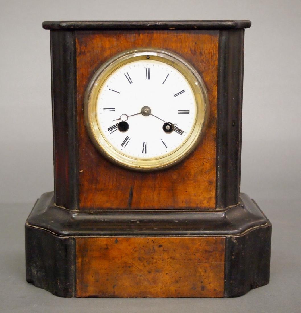 L. Marti mantle clock