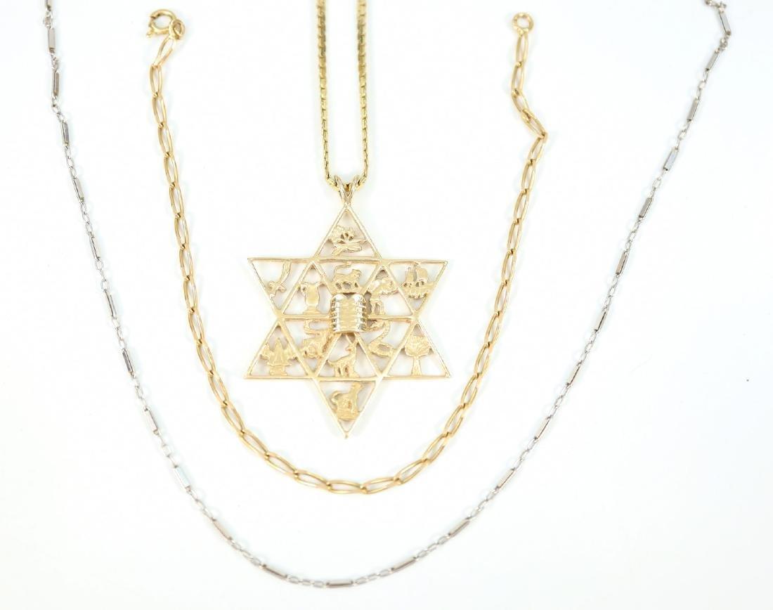 Gold pendant & Chains