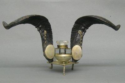 12: Rams Horn inkwell