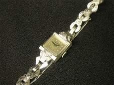 124 14 k White Gold ladys wristwatch