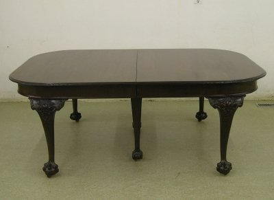 50: Chippendale extension table