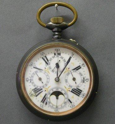 1: Large Swiss traveling clock