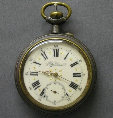 15: Large Swiss traveling clock