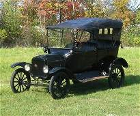 61: 1916 Ford Model T Touring car