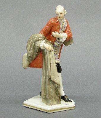 19: Nymphenburg porcelain figure